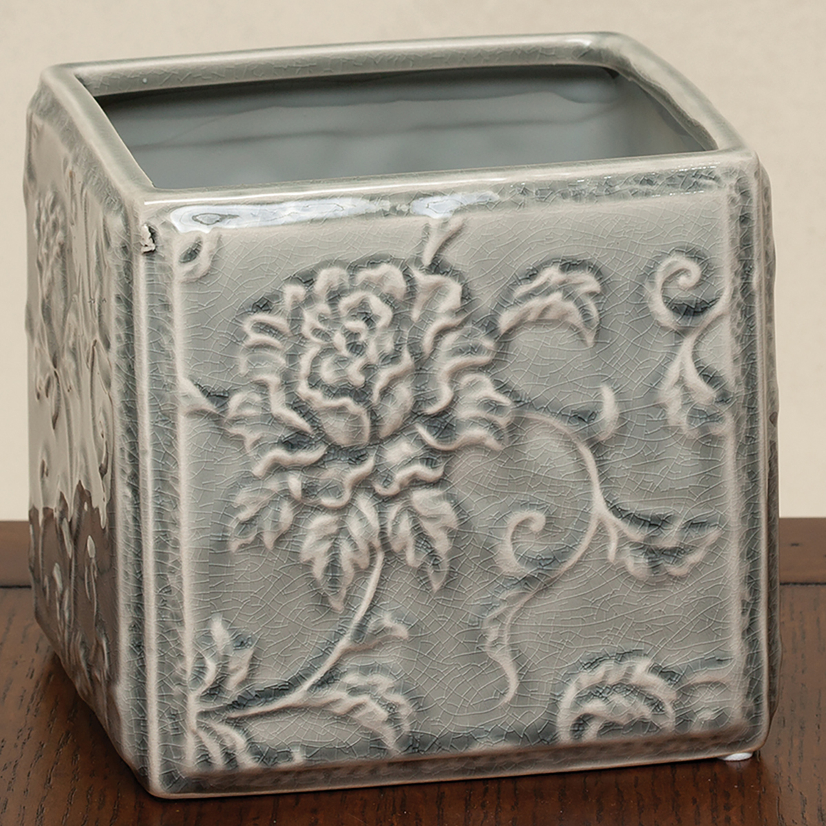 "SQUARE FLORAL PLANTER 5.25"" X 5.25"" X 5"" GREY 50b"