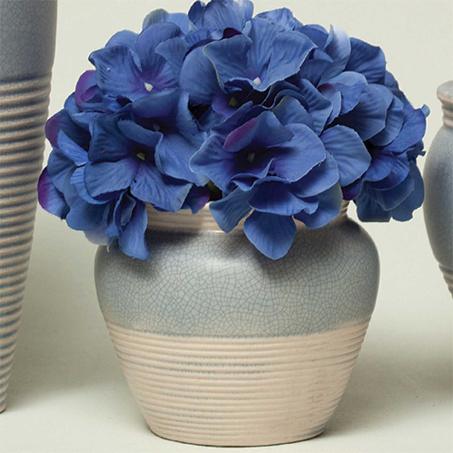 "RIBBED CRACKLE POT 3.75"" X 4.25"" BLUE 50b"