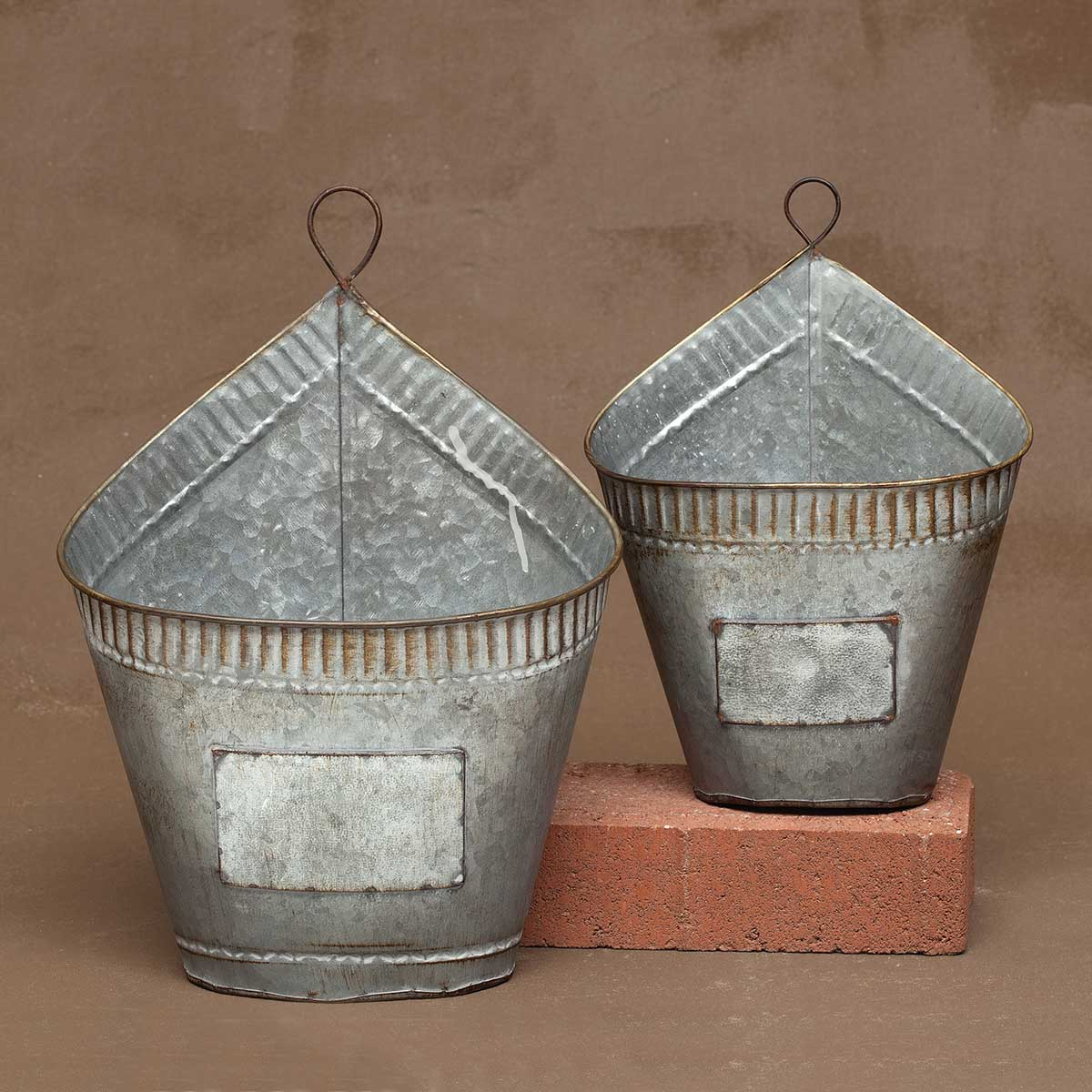 OVAL WEATHERED METAL WALL PLANTER SET OF 2