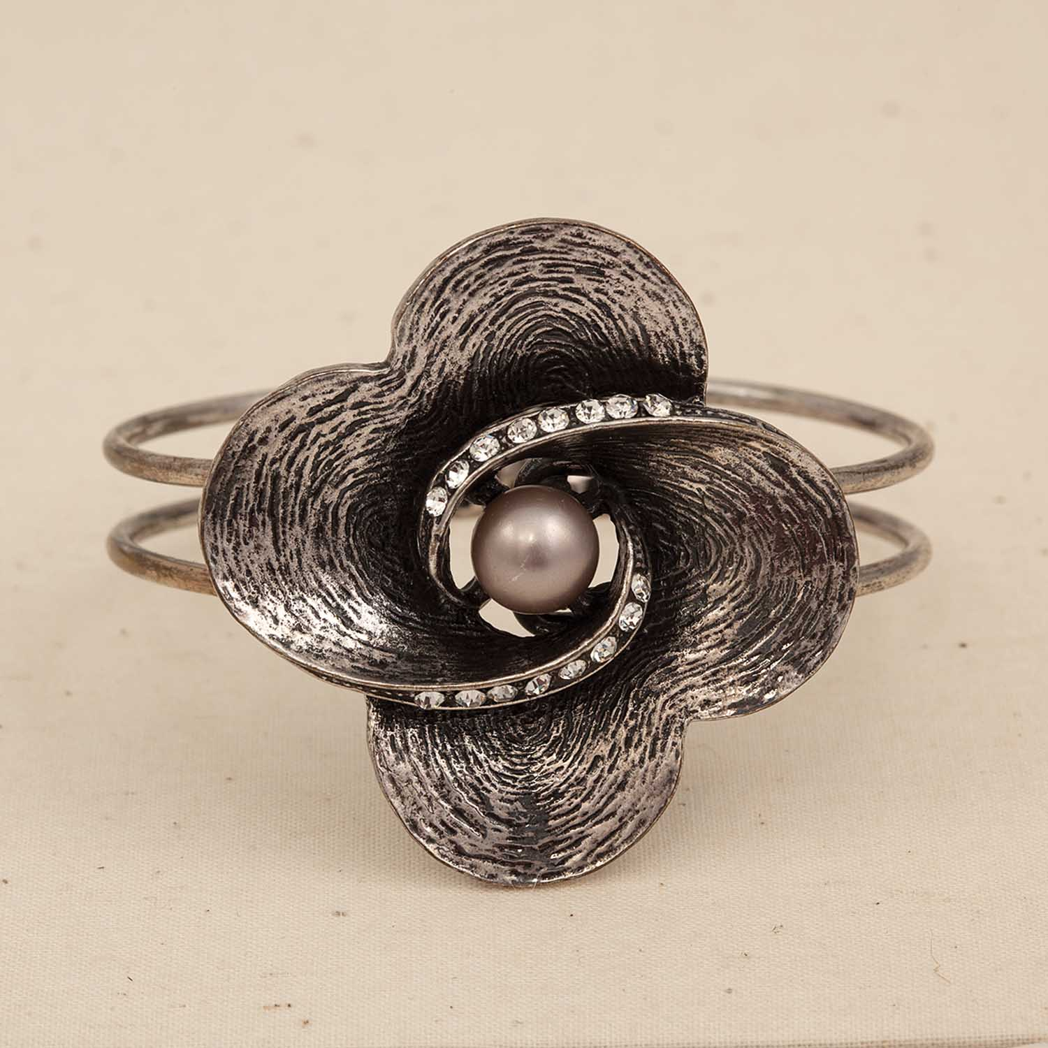 Flower Bracelet Hinged Silver With Platinum Pearl *30sp