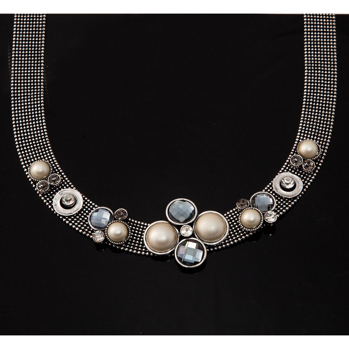 "Silver Mesh Choker With Pearls And Smoke Crystals 20""-24"" *30sp"