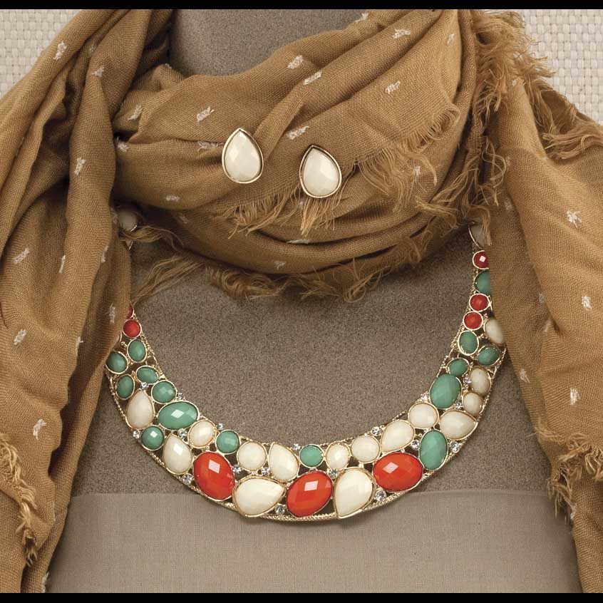 """Gold Collar Necklace 19""""-21"""" And 3/4"""" Post Earrings Set"""