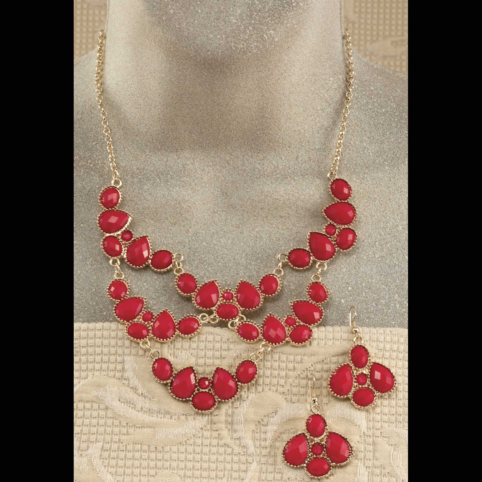 """Gold Scalloped Necklace 16""""-19"""" And 2"""" Earrings Set"""