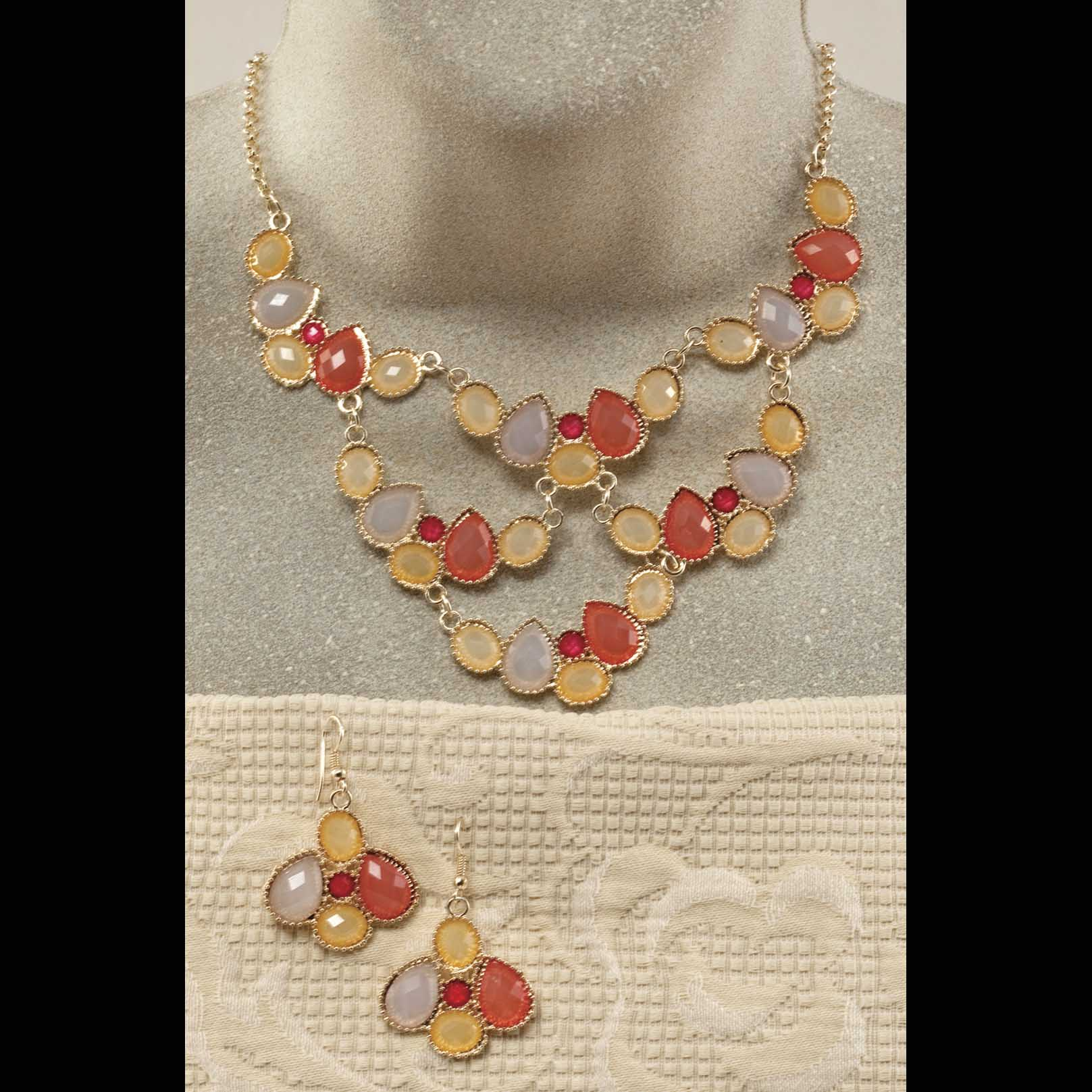 """Gold Scalloped Necklace 17""""-20"""" And 2"""" Earrings Set"""