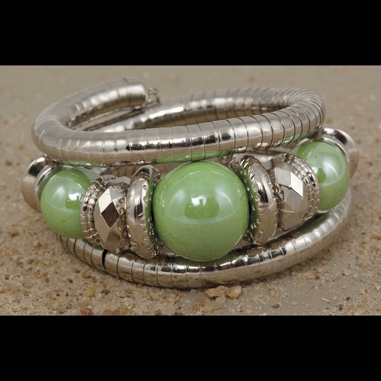 Silver Wrap Bracelet With Green Beads 70sp