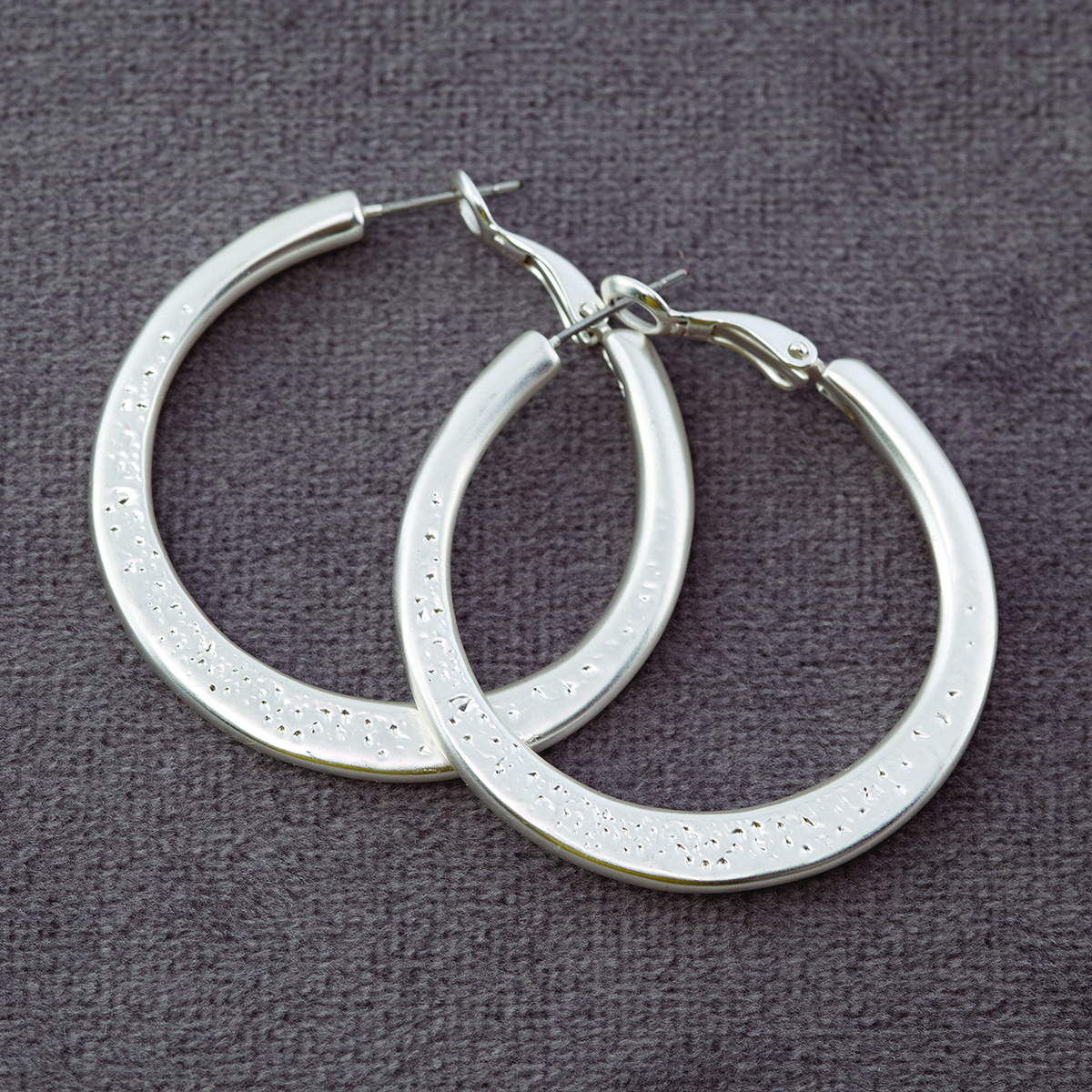 "Platinum 1.5"" Diamond Cut Hoop Earrings"