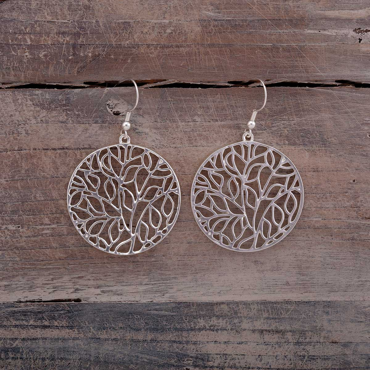 LEAF PATTERN EARRING SILVER ROUND