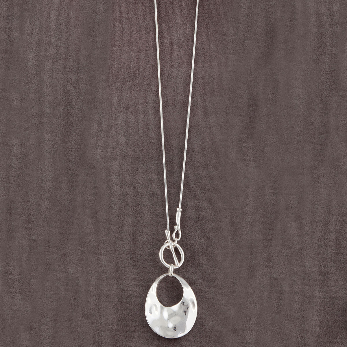 Silver Circle with Front Toggle Clasp on Chain Necklace