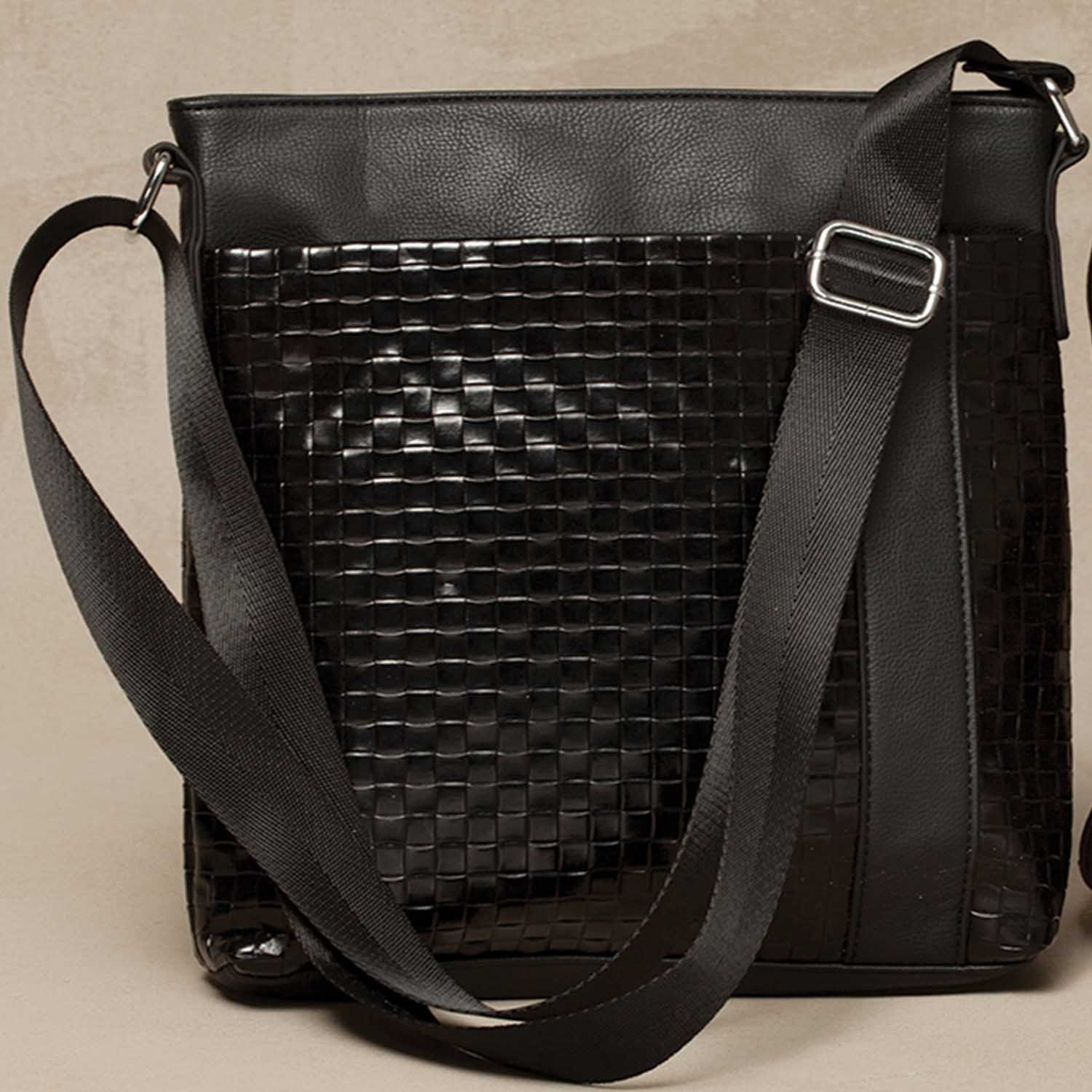 "Black Woven Pattern Cross-body Bag with Strap 11""x12"" *30sp"
