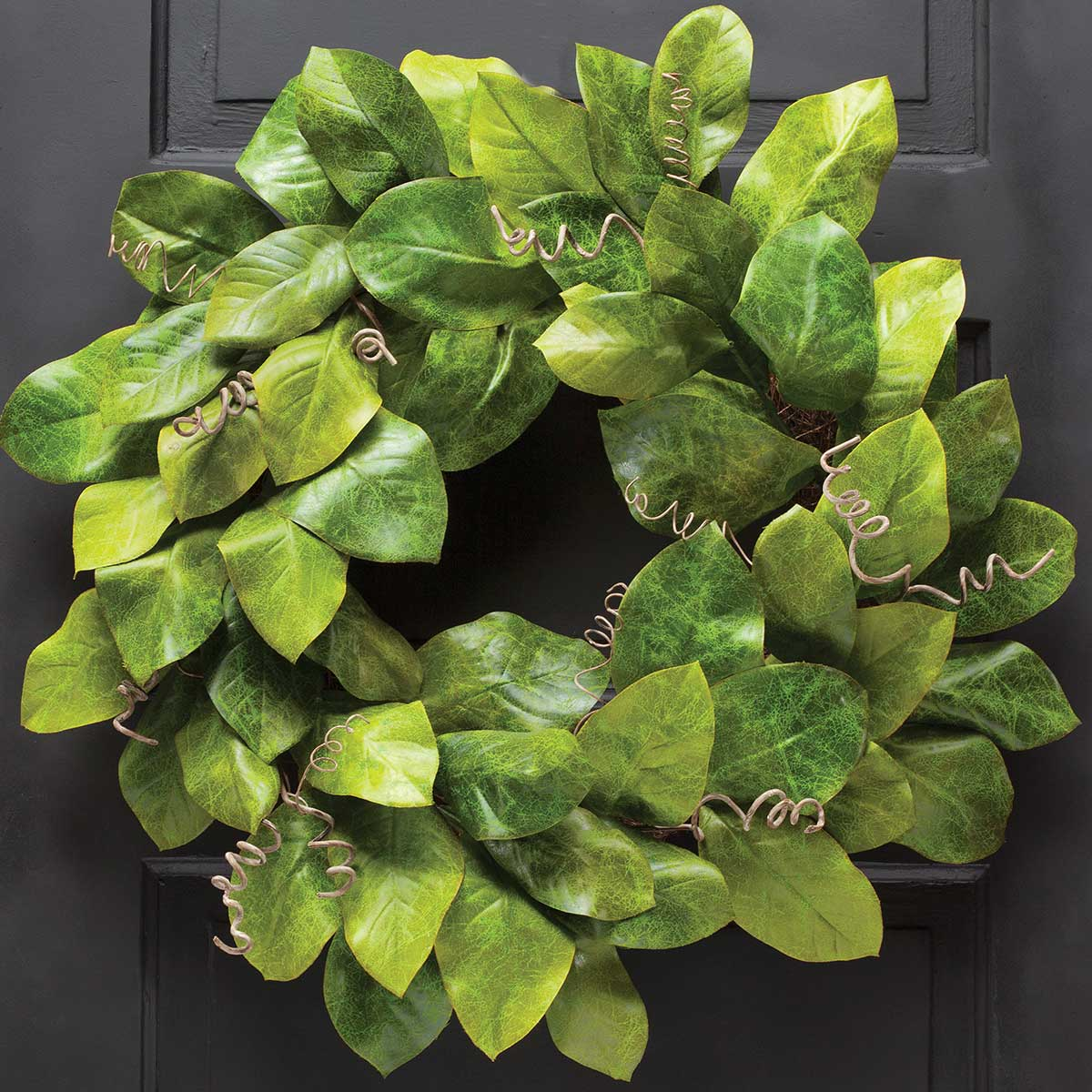 Plantation Magnolia Leaf Wreath 26""