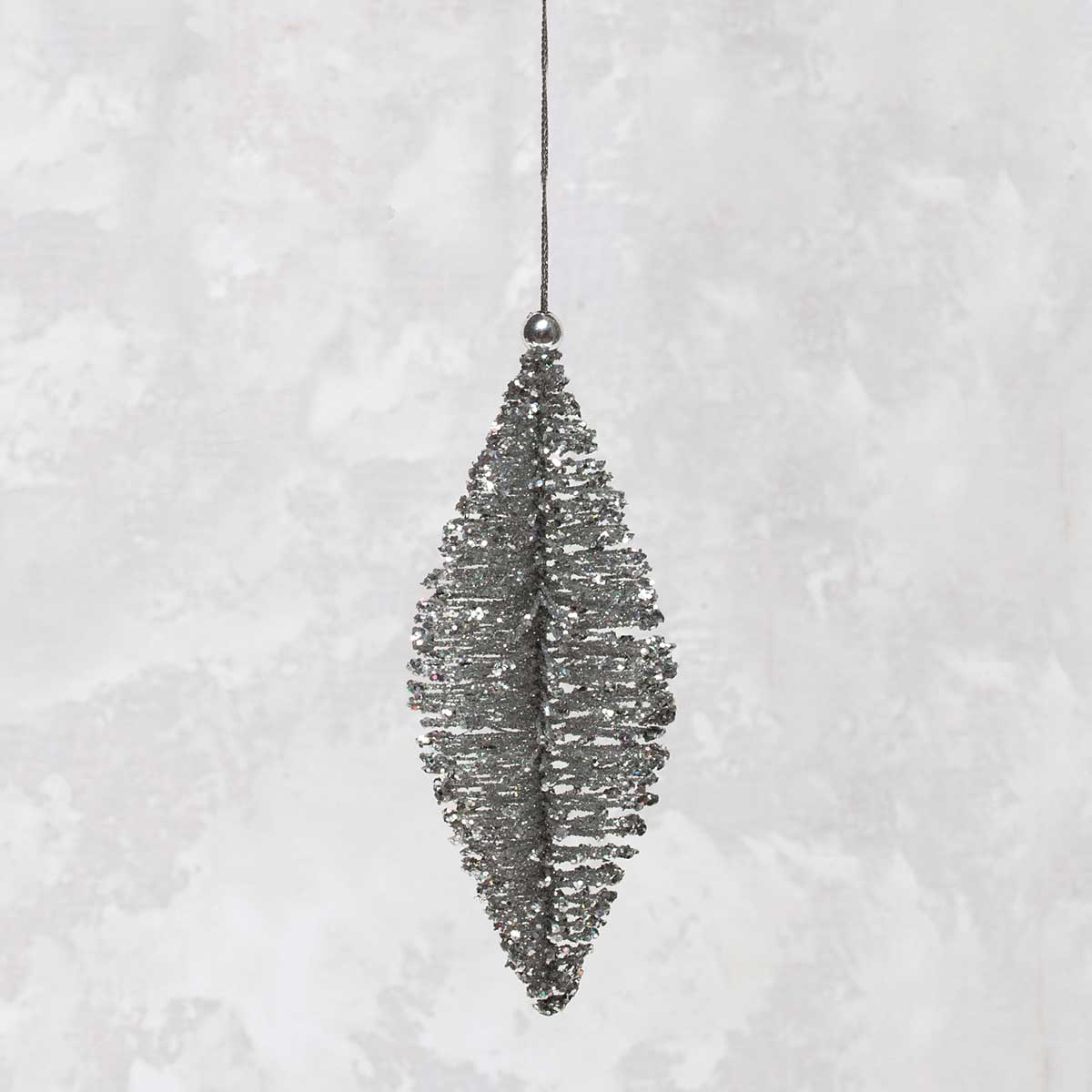 "R5637 SI BRISTLE PINE ORNAMENT 6"" SILVER"