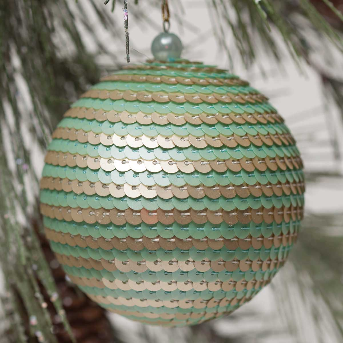 "SEQUIN BALL ORNAMENT 3"" MING b50"