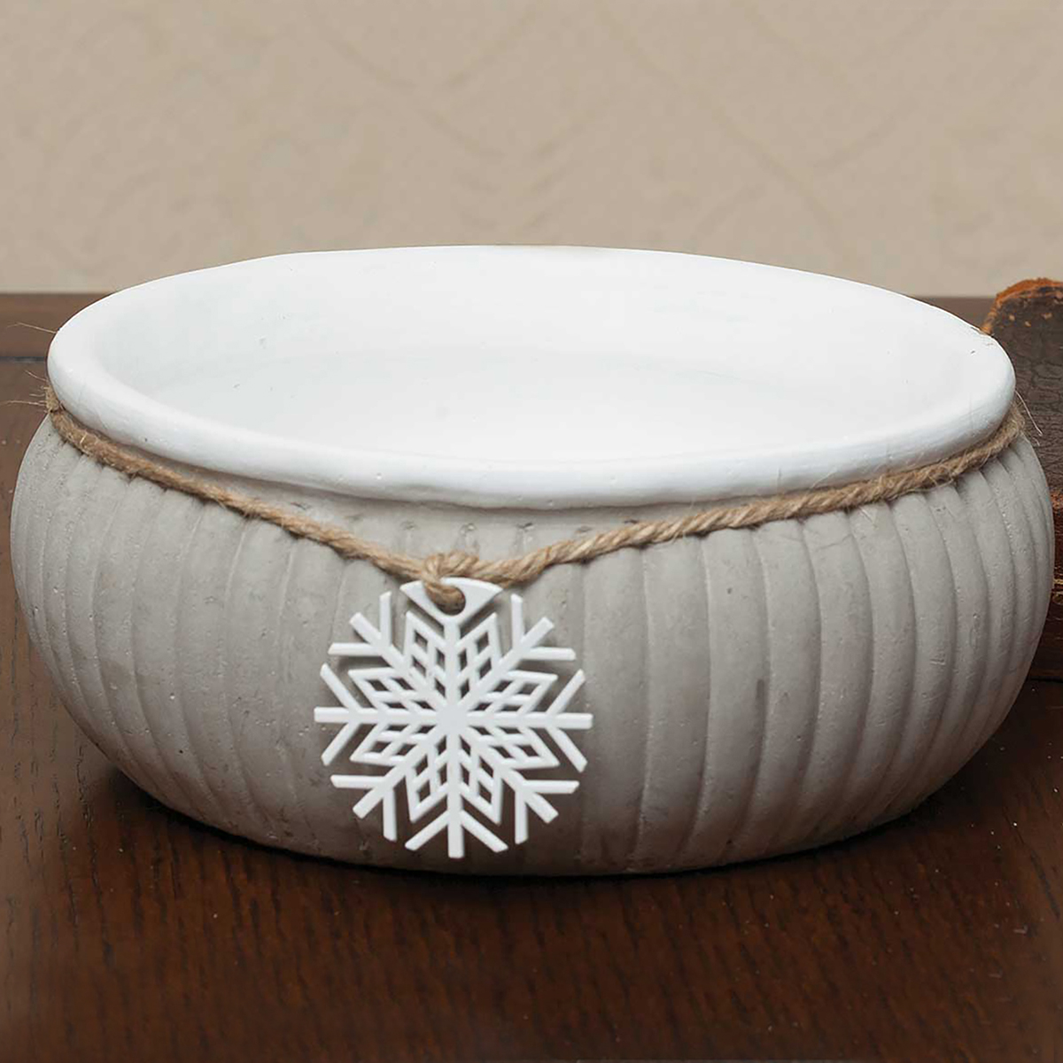 "STONE RIBBED BOWL WITH METAL SNOWFLAKE 6.25""X3"""