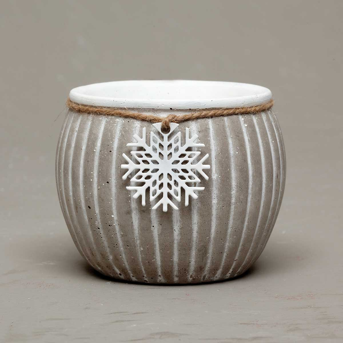 "STONE RIBBED BOWL WITH METAL SNOWFLAKE 4.5""X4.5"""