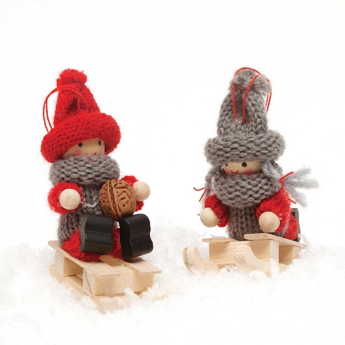 SLEDDING KID ORNAMENT