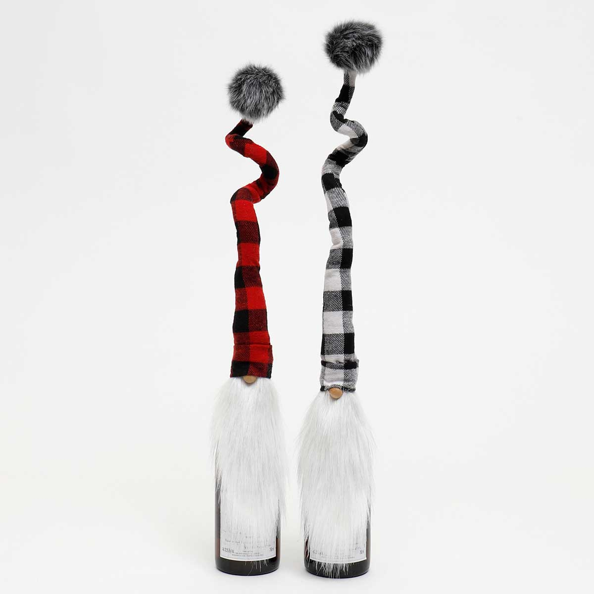 Buffalo Plaid Gnome BOTTLE TOPPER 2ast