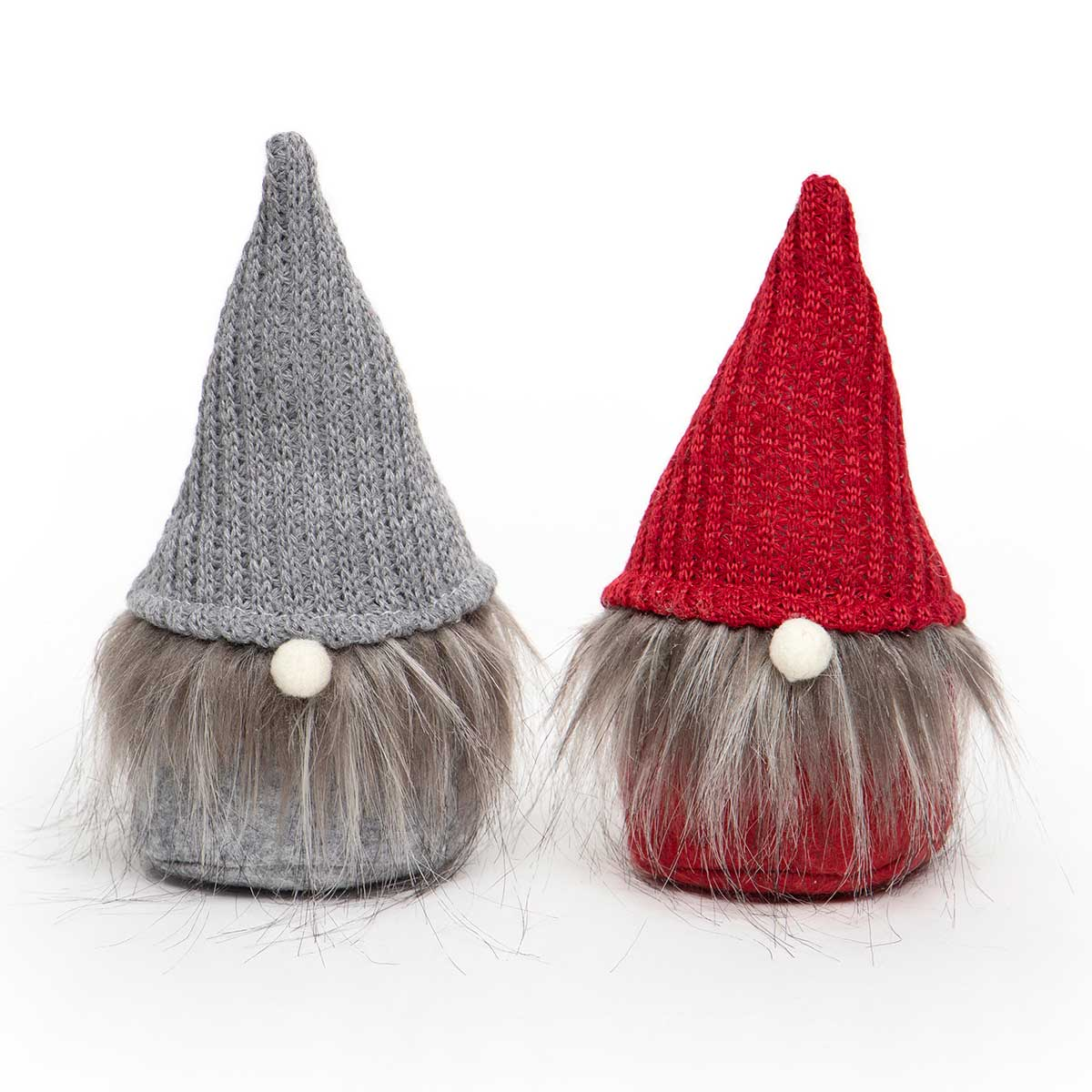 GNOME WITH SWEATER HAT &