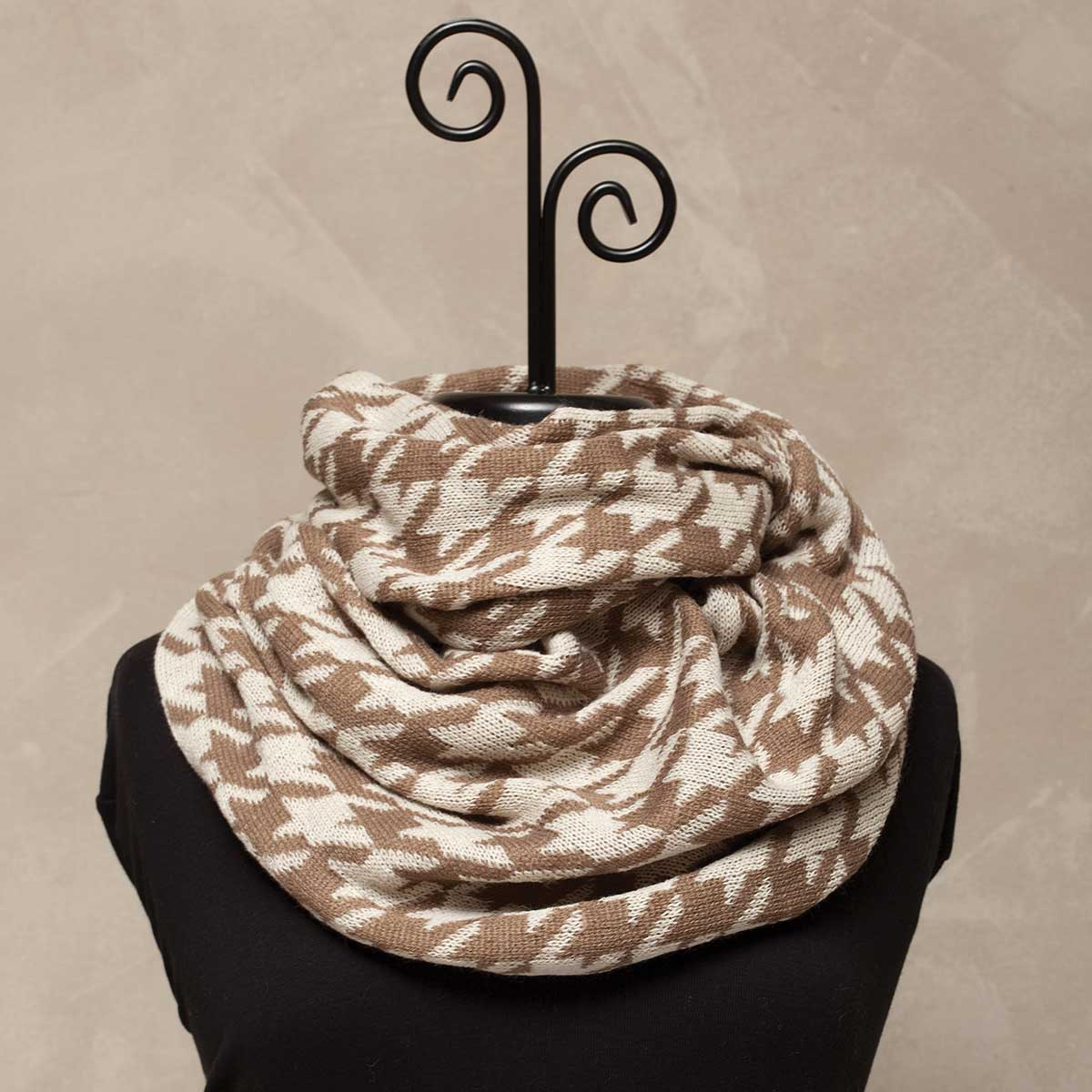 "Cream/Tan Houndstooth Infinity Scarf 29""x14"" *30sp"