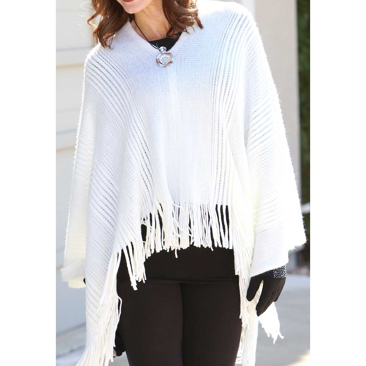 Cream Poncho with Metallic Silver Edge *30sp