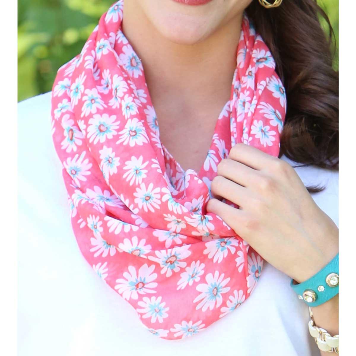 "Coral Daisy Infinity Scarf 63""x19"" *30sp"