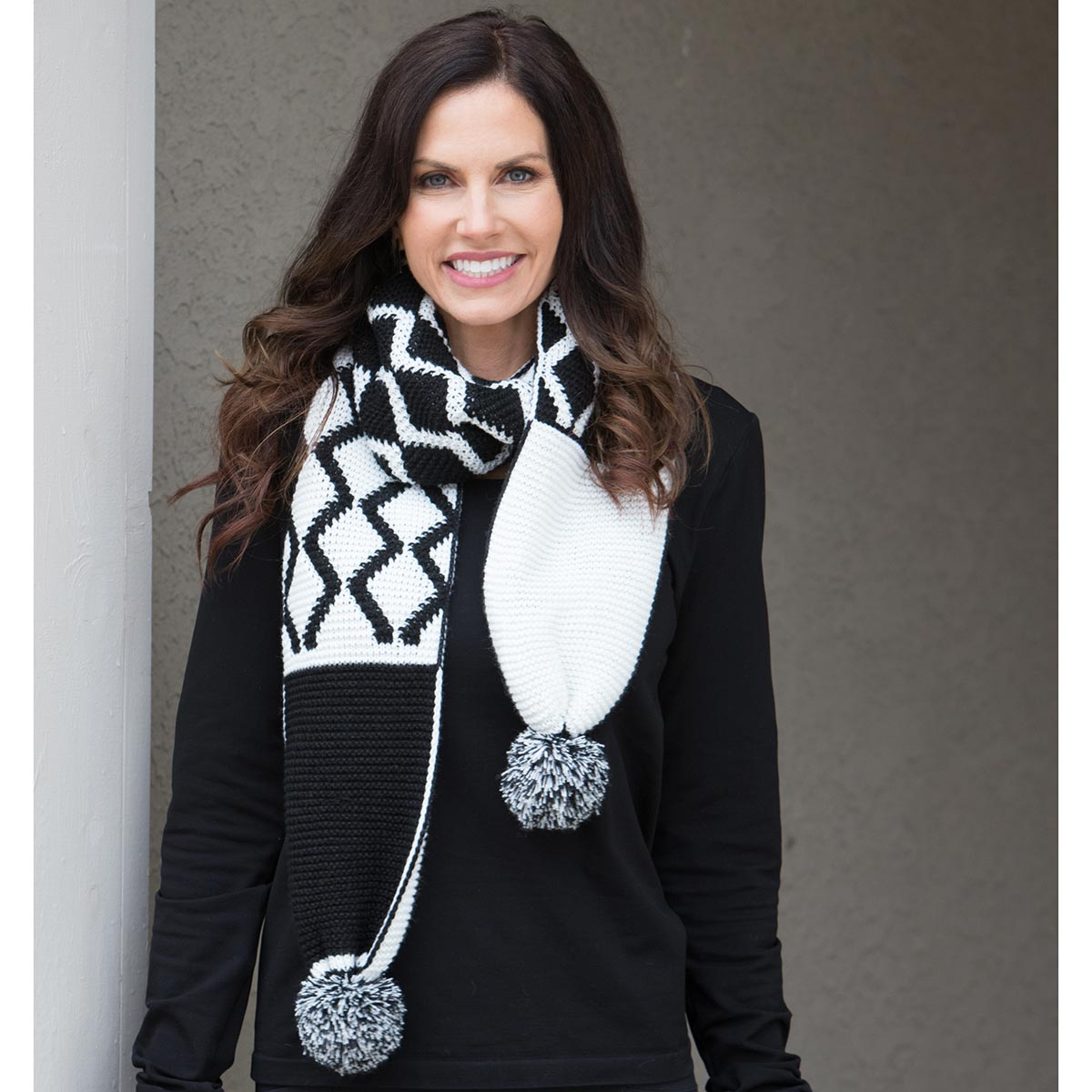 White and Black Pom-Pom Scarf