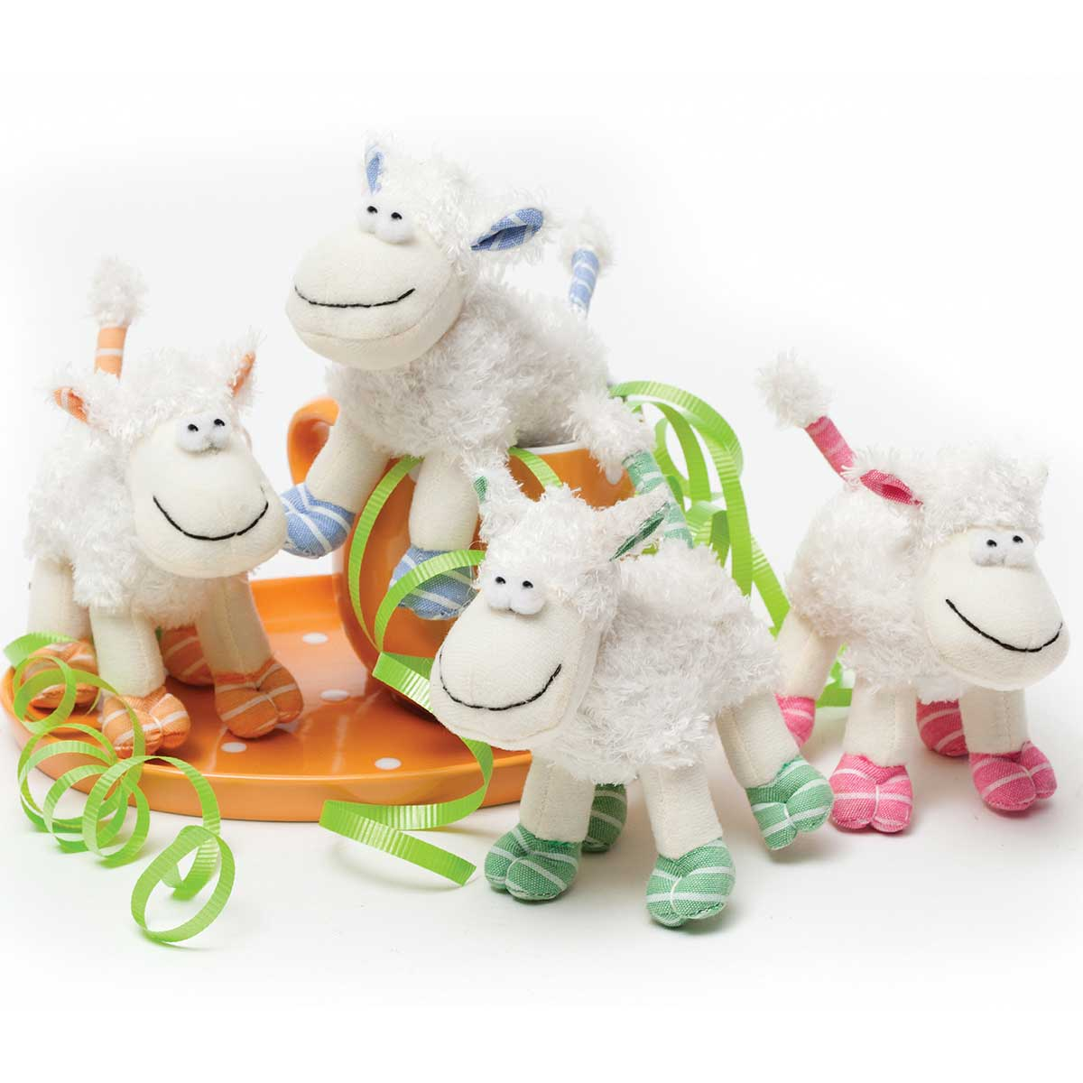 Itty-Bitty Lamb 4.5� 4 Assorted T3400 50%