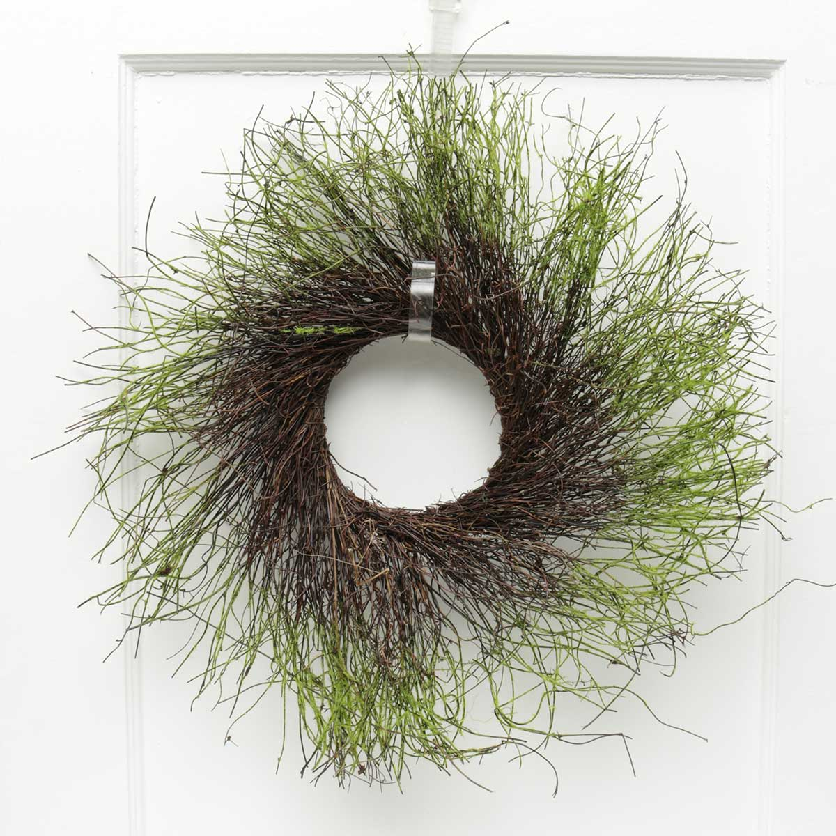 "Moss & Twig Wreath 22""(Inner Ring 6"")"