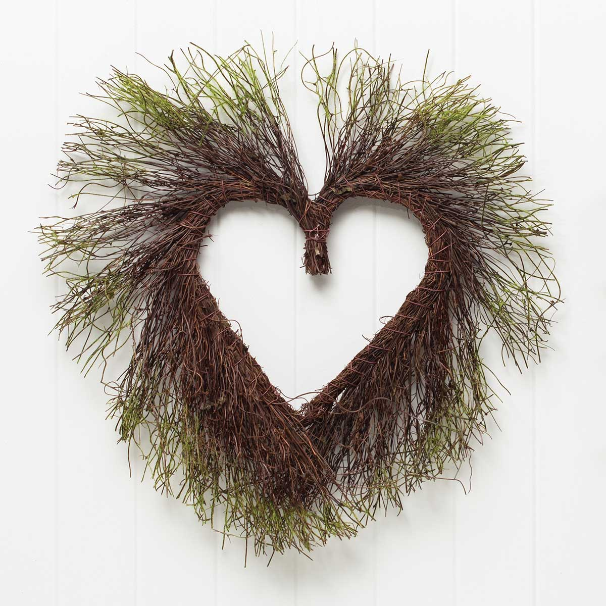 MOSS AND TWIG HEART