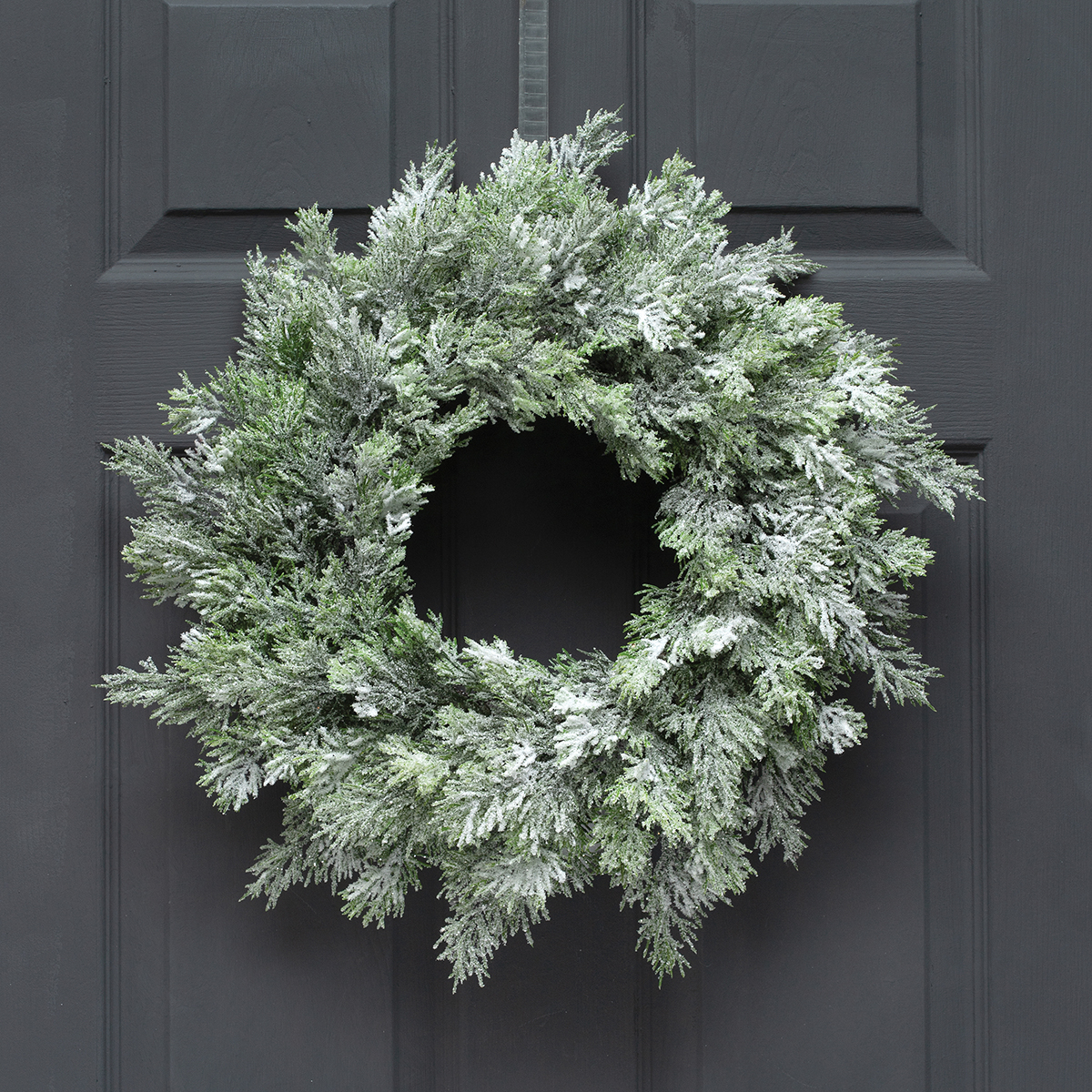 SNOW CEDAR WREATH
