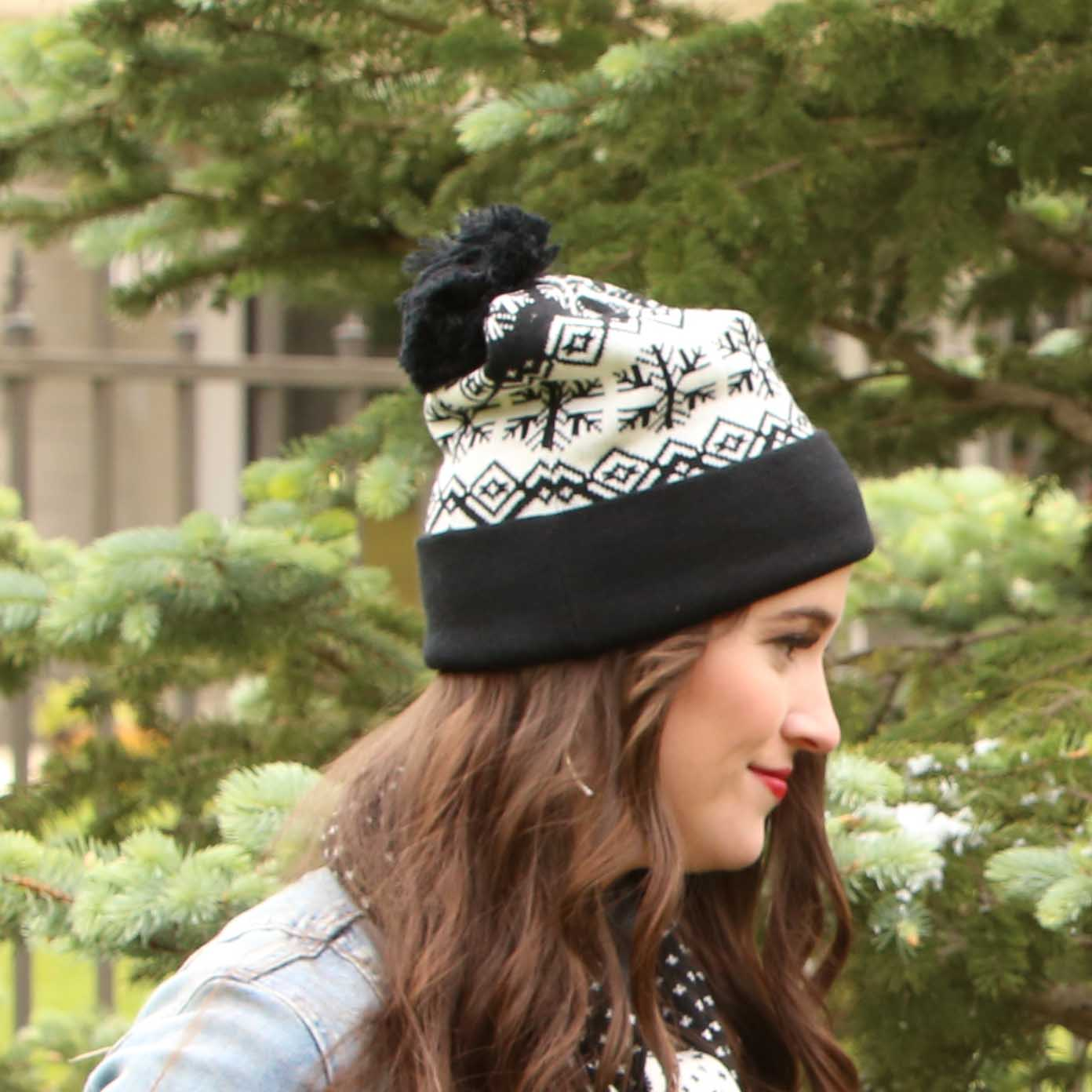 Black Aspen Knit Hat *30sp