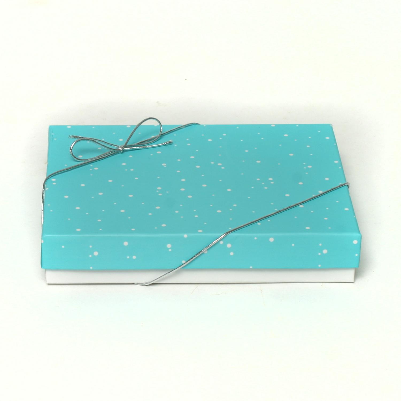 BLUE/WHITE FIGURE TOP BOX *30sp